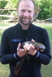 Dr. Stephen Spear with Eastern hellbender.