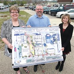(From left) Eva Bates North (Corydon town council president), Sean Davis (member of the hometown col